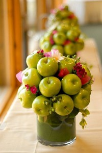 Using Fruits & Vegetables ad Centerpieces