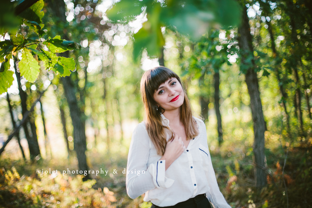 White & Black Outfits for photo sessions, ombre hair with red lips